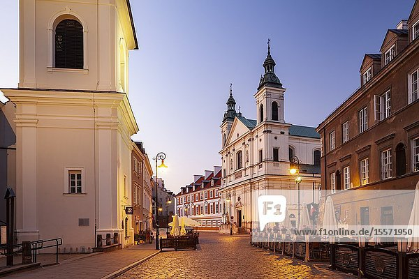 Dawn in the New Town  Warsaw  Poland.