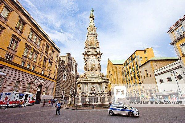 Police Car  The Spire of the Immaculate Virgin  Piazza del Gesù Nuovo square  Naples city  Campania  Italy  Europe.