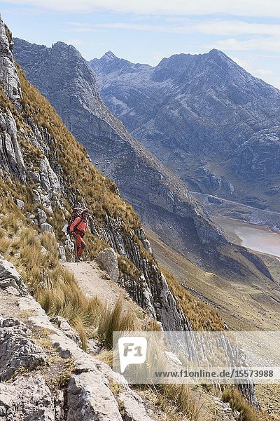 Quebrada Aguas Calientes and Cancanapunta pass on the Cordillera Huayhuash circuit  Ancash  Peru.