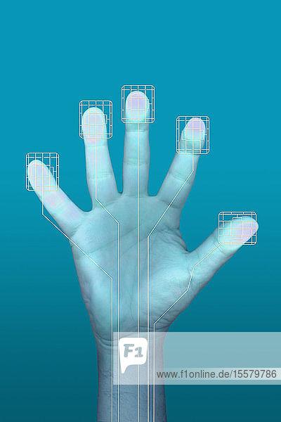 Hand auf dem Touchscreen
