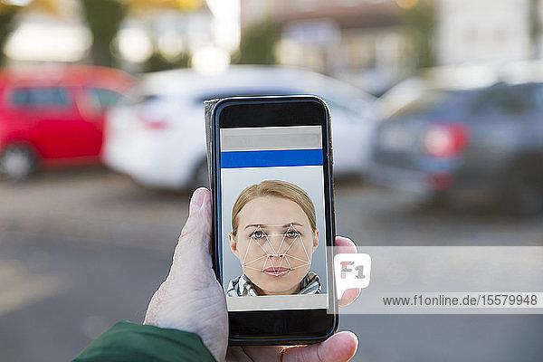 Smartphone mit Gesichtserkennung