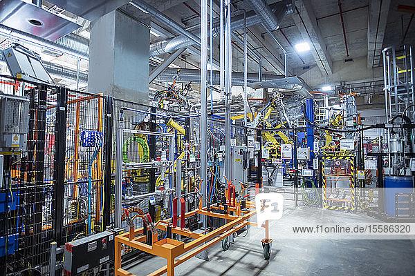 Roboterbereich in Autofabrik