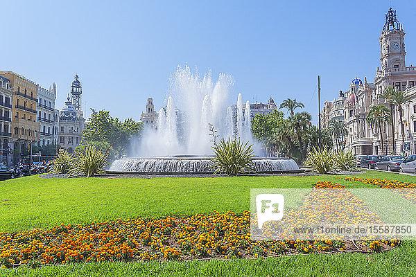 Ayuntamiento Square and townhall  Valencia  Comunidad Autonoma de Valencia  Spain