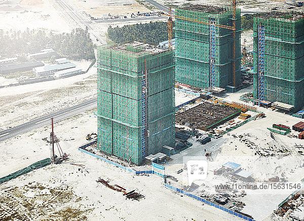 Blick auf die Baustelle im Winter unter Malè  Malediven durch Flugzeugfenster gesehen