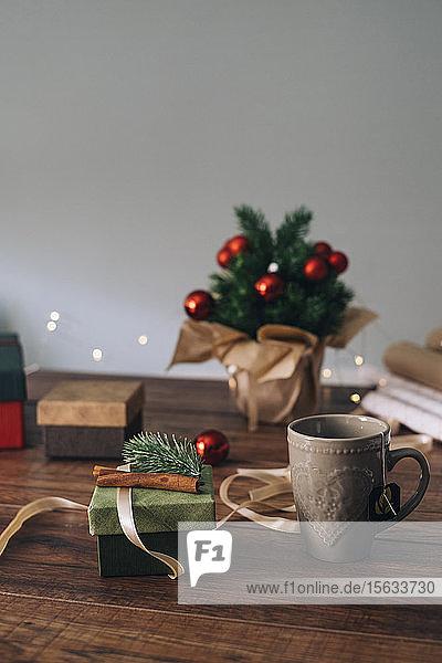 Weihnachtsgeschenke machen