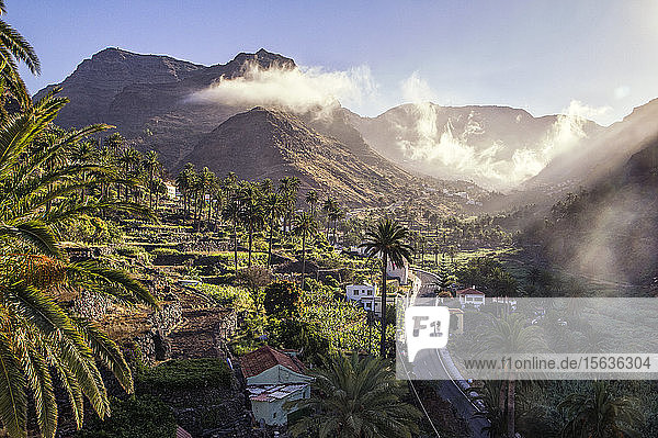El Guro im Morgenlicht  Valle Gran Grey  La Gomera  Kanarische Inseln  Spanien