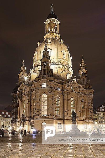 Frauenkirche  Nachtaufnahme  Dresden  Sachsen  Deutschland  Europa