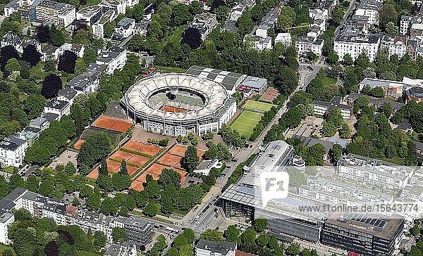 Tennisstadion  Tennisplätze neben Medienzentrum Multimedia Centre Rotherbaum  Stadtteil Rotherbaum  Hamburg  Deutschland  Europa