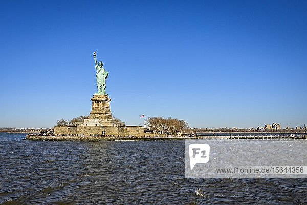 Freiheitsstatue  Lady Liberty  Statue of Liberty  Liberty Island  Statue of Liberty National Monument  New York City  New York  USA  Nordamerika