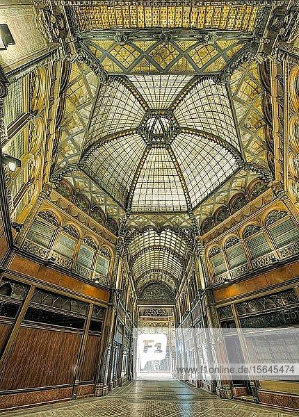 Pariser Hof  Art Nouveau  Innenansicht  Budapest  Ungarn  Europa