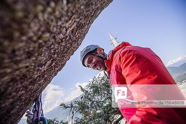 Bergsteiger ruht sich aus  Squamish  Kanada