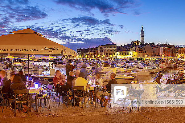 View of harbour and the old town with the Cathedral of St. Euphemia at dusk  Rovinj  Istria  Croatia  Adriatic  Europe