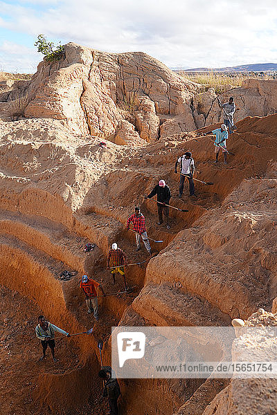 Ilakaka sapphire mines  Ilakaka  Fianarantsoa province  Ihorombe Region  Southern Madagascar  Africa