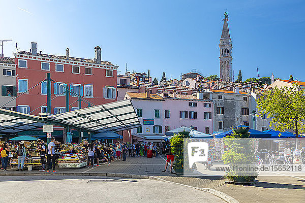 View of Rovinj Market overlooked by Cathedral of St. Euphemia in the Old Town of Rovinj  Croatian Adriatic Sea  Istria  Croatia  Europe