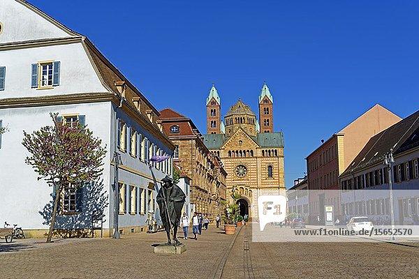 Statue of a Jakobspilger  Speyer  Rhineland-Palatinate  Germany  Europe