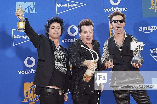 Tre Cool  Mike Dirnt  Billie Joe Armstrong from Geen Day attends 2019 MTV Europe Music Awards (EMAs) - Winners Room at FIBES Conference and Exhibition Centre on November 3  2019 in Sevilla  Spain