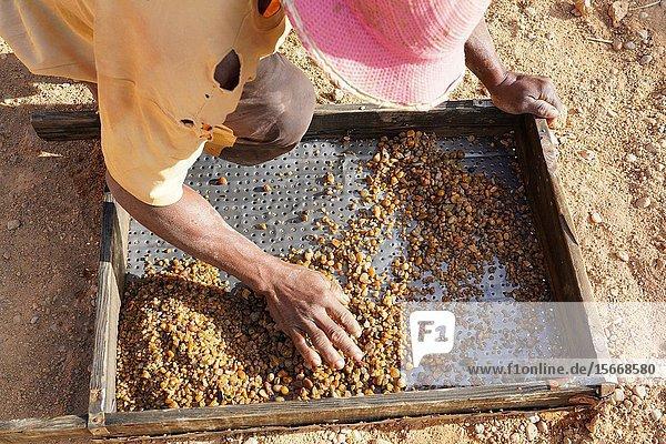 Ilakaka sapphire mines  Ilakaka  Fianarantsoa province  Ihorombe Region  Southern Madagascar.