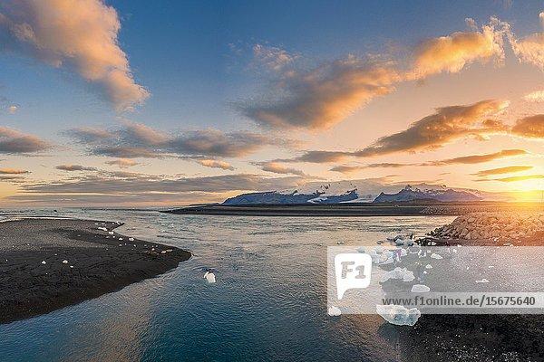 Jokulsarlon Glacial Lagoon  Vatnajokull National Park  Iceland.Unesco World Heritage Site.