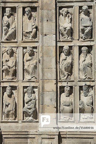 Romanesque statues of prophets  apostles and patriarchs next to the Holy Door  Puerta Santa  Praza da Quintana  Santiago de Compostela Cathedral  Santiago de Compostela  Galicia  Spain  Europe.