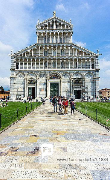 Italy  Tuscany  Pisa  Piazza dei Miracoli  Santa Maria Assunta cathedral