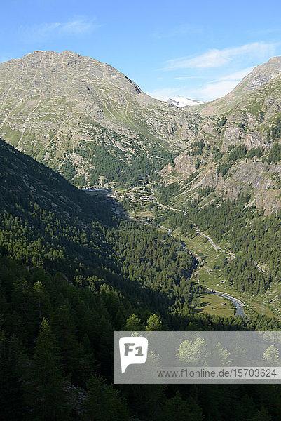 Italia  Valle d'Aosta  Gran Paradiso National Park  Valsavarench