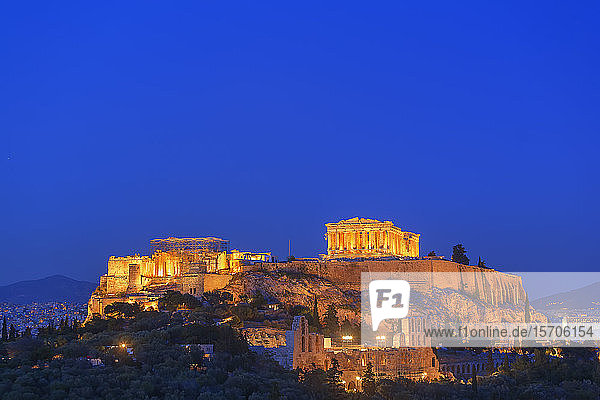 The Acropolis illuminated by floodlight  UNESCO World Heritage Site  Athens  Greece  Europe