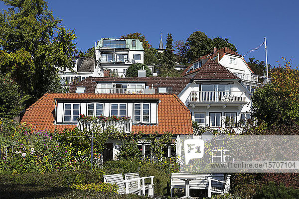 Germany  Hamburg  Blankenese  Houses surrounded with gardens