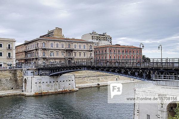 Italy  Province of Taranto  Taranto  Ponte Girevole bridge over city canal