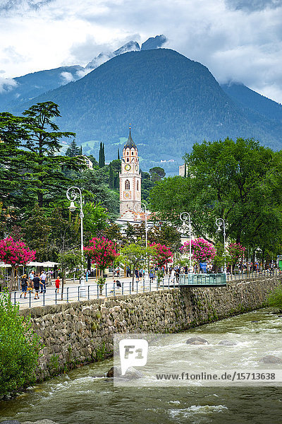 Stadtkirche St. Nikolaus  Meran  South Tyrol  Italy  Europe