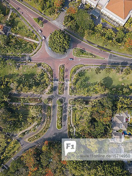 Indonesien  Bali  Nusa Dua  Luftaufnahme von Straßen