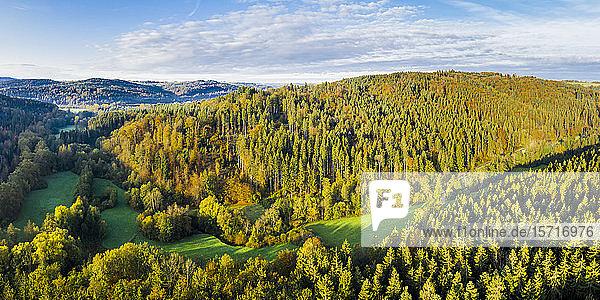 Deutschland  Baden-Württemberg  Luftaufnahme des Haselbachtals im Schwäbisch-Fränkischen Wald