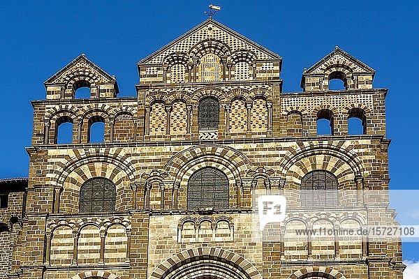 Facade  Cathedral of Annunciation  starting-point of Via Podiensis  pilgrim path to Santiago de Compostela  Le Puy en Velay  Haute-Loire department  Auvergne Rhone Alpes  France  Europe