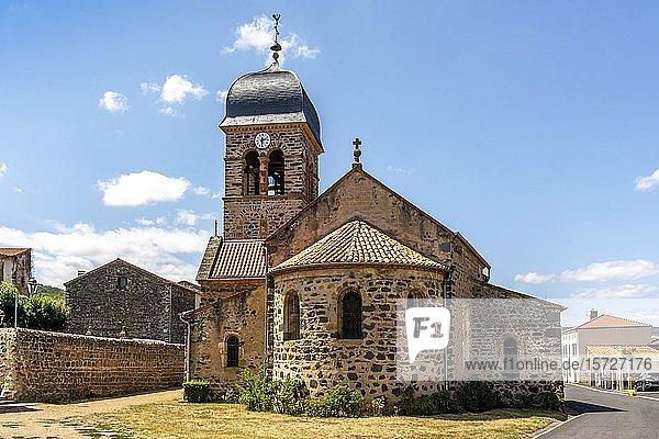 Kirche Saint Claude  Villeneuve  Puy de Dome  Auvergne-Rhone-Alpes  Frankreich  Europa