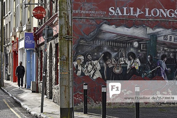 Mural painting at the crossing of Bowling Green and Abbeygate Street Upper  Galway  Connemara  County Galway  Republic of Ireland  North-western Europe.