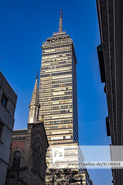 Catholic church and the Torre Latinoamericana in morning light  Mexico City  Federal District  Mexico.