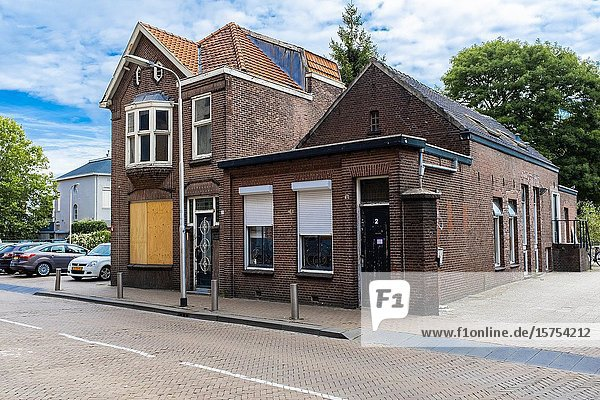 Tilburg  Netherlands. partially abandoned residential building and corporate structure  wich is now in use as a studnet dormatory.