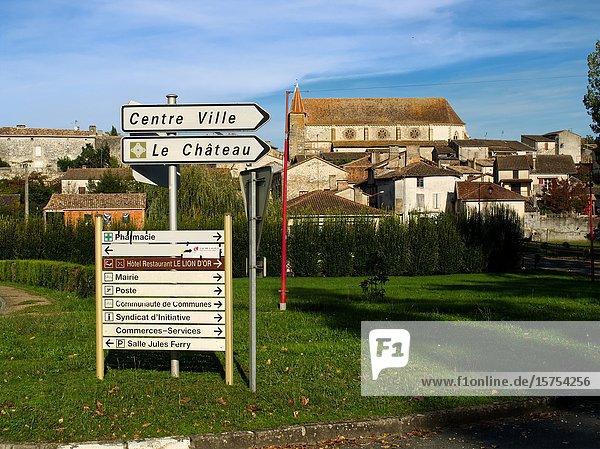 Entrance to village and St Etienne Church  Lauzun  Lot-et-Garonne Department  Nouvelle Aquitaine  France.