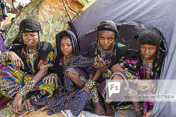 Young girls at the Gerewol festival  courtship ritual competition among the Wodaabe Fula people  Niger  West Africa  Africa