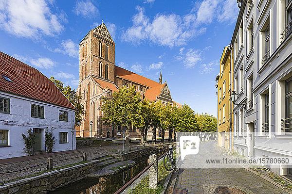 Deutschland  Mecklenburg-Vorpommern  Wismar  Hansestadt  Altstadt und St. Marienkirche