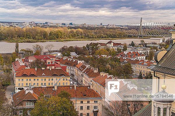 Blick auf die Weichsel von oben  Warschau  Polen