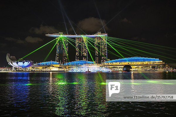 Spectra light and water show at the Marina Bay Sands  Singapore  Republic of Singapore.