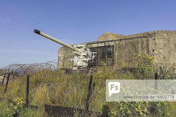 88 mm Geschütz vom U-boot Typ 766  Atlantic Battle Memorial Museum  Camaret-sur-Mer  Département Finistère  Frankreich  Europa