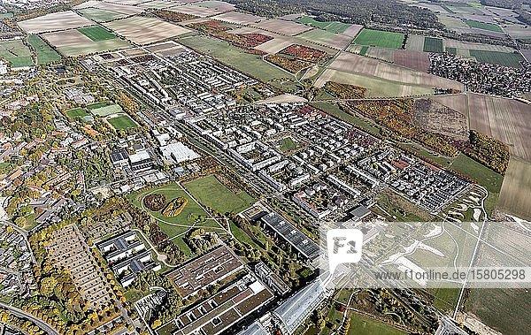 Stadtteil Kronsberg oder Bemerode-Ost  erbaut als Neubausiedlung für die Weltausstellung EXPO 2000  Hannover  Niedersachsen  Deutschland  Europa
