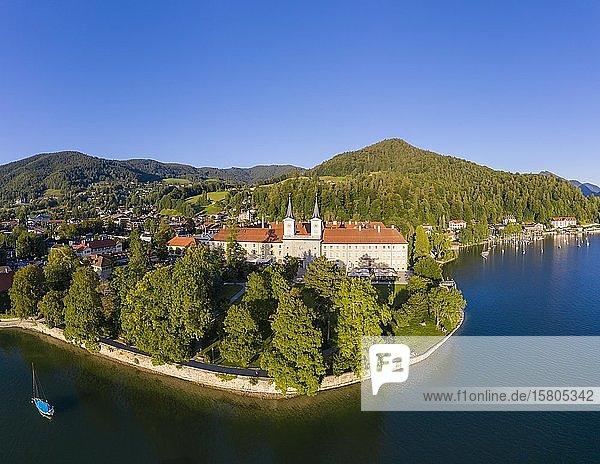 Tegernsee  Kloster Tegernsee  Ort Tegernsee  Drohnenaufnahme  Oberbayern  Bayern  Deutschland  Europa