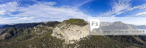 Panorama  Puig d'Alaro  bei Alaro  Serra de Tramuntana  Luftbild  Mallorca  Balearen  Spanien  Europa