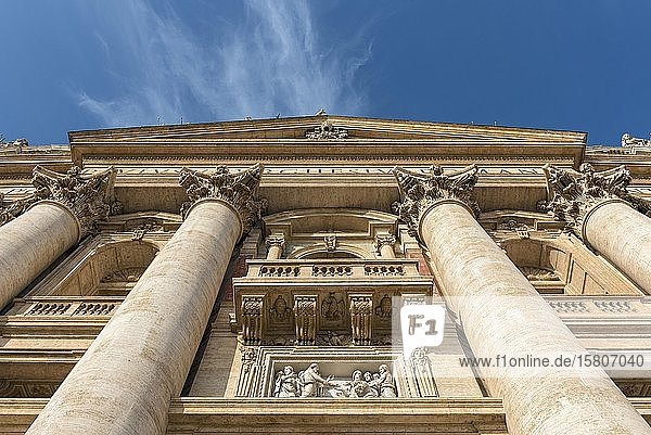 Facade of St Peter's Basilica  Piazza San Pietro  Vatican  Rome  Italy  Europe