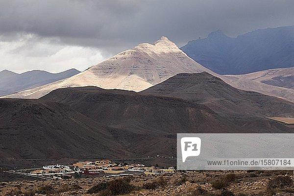 Blick auf die Berge bei La Pared  La Pared  Fuerteventura  Kanaren  Spanien  Europa