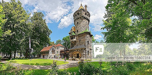 Landsberg am Lech historisches Bauwerk Mutterturm  Landsberg am Lech  Bayern  Deutschland  Europa
