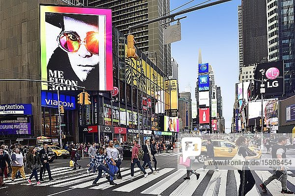 Times Square  Manhattan  New York City  New York State  USA  North America