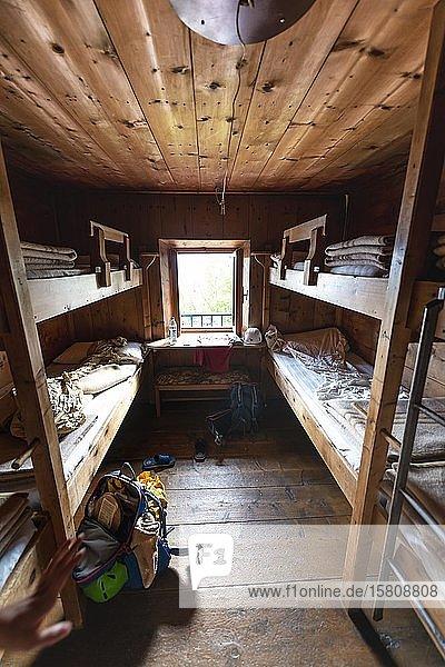Schlafraum  Bettenlager  Berghütte  Rifugio San Marco  San Vito di Cadore  Belluno  Italien  Europa
